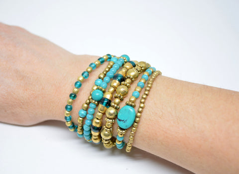 Women's Brass Bracelet with Turquoise Paste Beads - edocollection