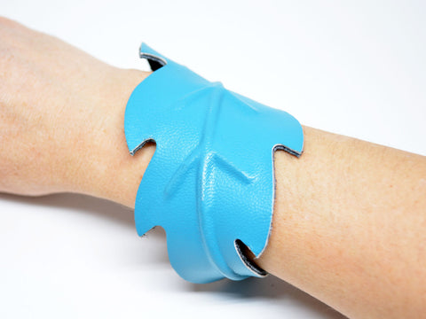 Turquoise Leaf Leather Bracelet Cuff - edocollection