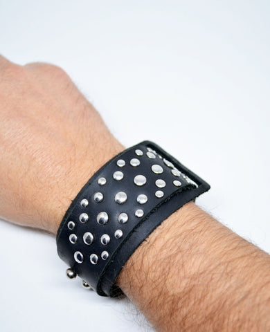 Men's Leather Studded Bracelet Black - edocollection
