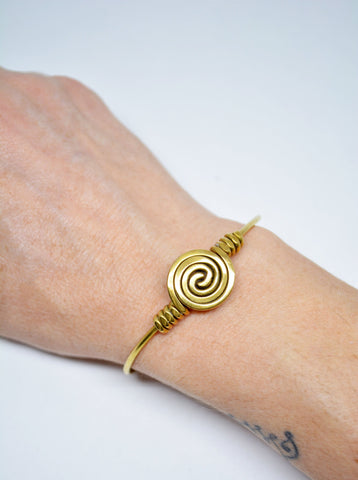 Women's Brass Cuff Wire Spiral Bracelet - edocollection