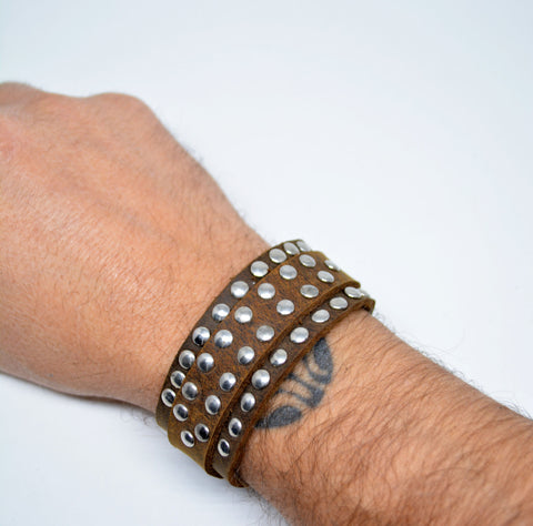 Mens Leather Studded Bracelet Tan - edocollection