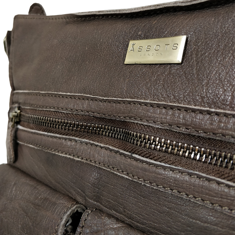 'WYNDRELL' - Dark Brown Washed Vintage Leather Shoulder Bag