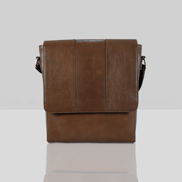 'LLOYD' Brown Vintage Leather Tablet Crossbody Bag