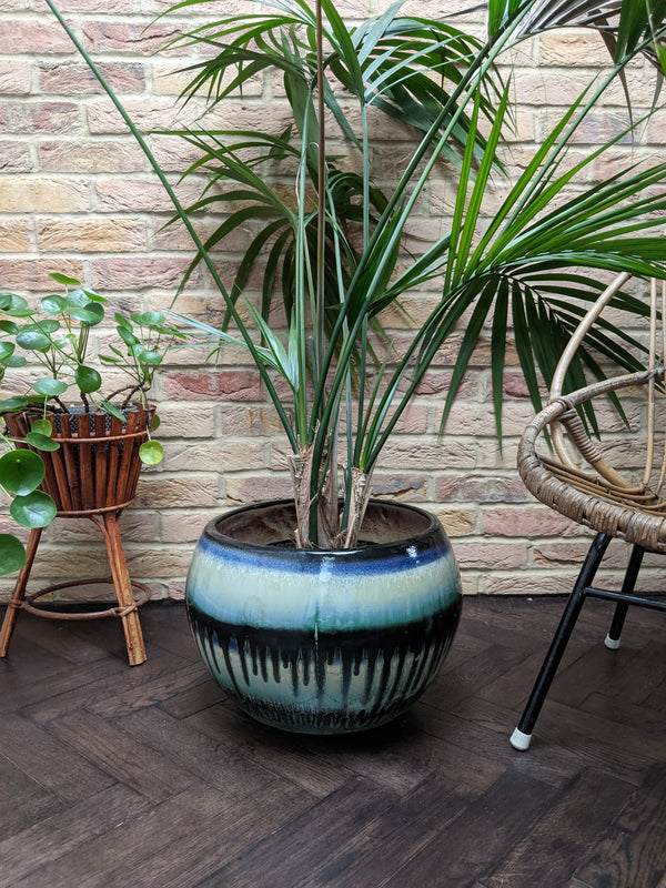 Cecania large indoor plant pot, black drip on blue and white