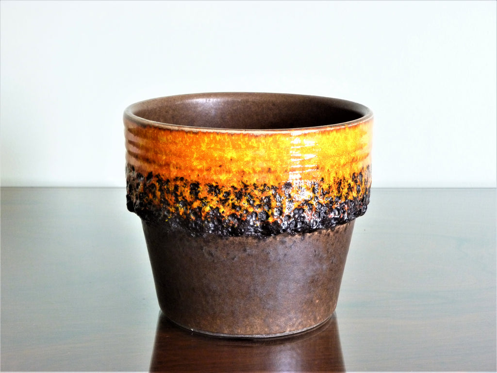 Jasba planter, brown and orange