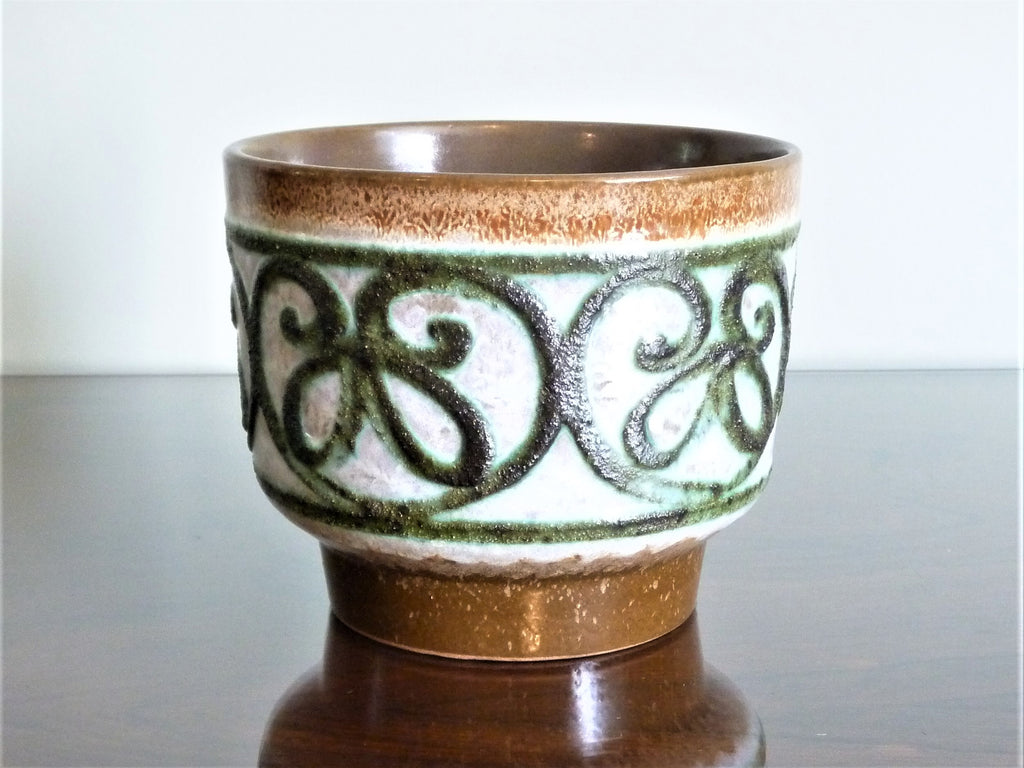 Strehla planter, brown, white and green