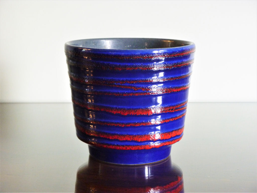 Scheurich planter, blue with red textured decoration