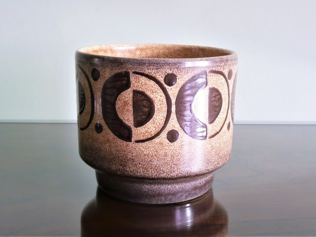 Vintage planter, cappuccino brown with geometric decoration