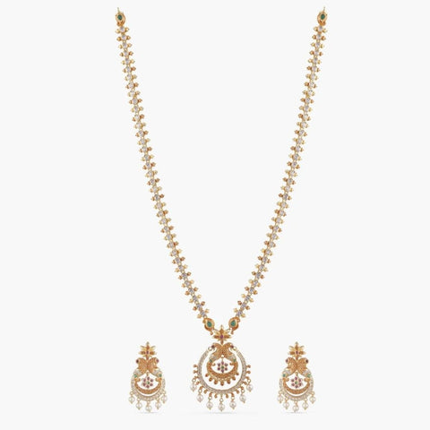 Hrida Long Necklace Set