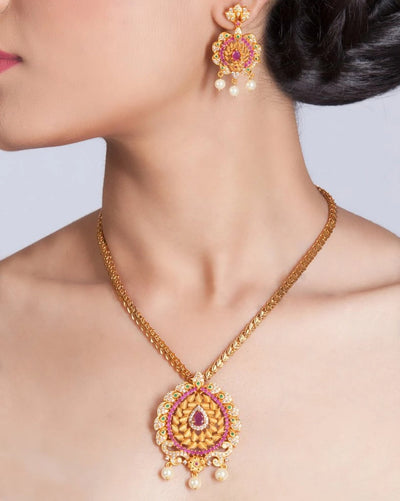 Raga Antique Pendant Set