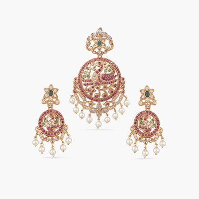 Chaya Antique Pendant Set