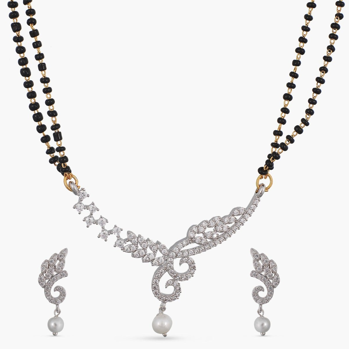 Aami Black Beads Necklace Set