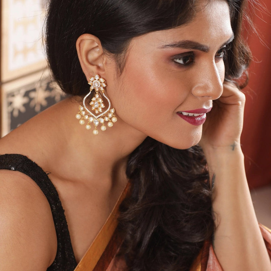 Taahira Kundan Earrings