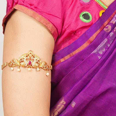 Udhyan Armlets
