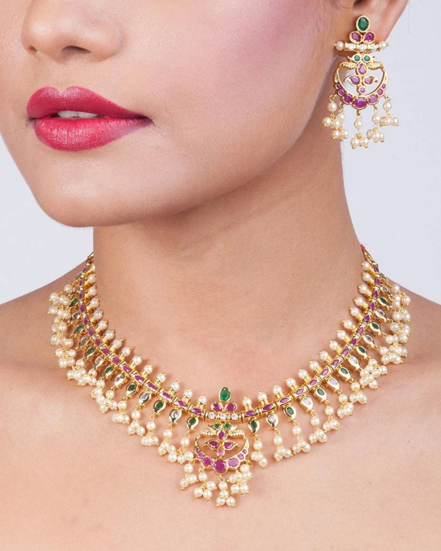Mridu Necklace Set