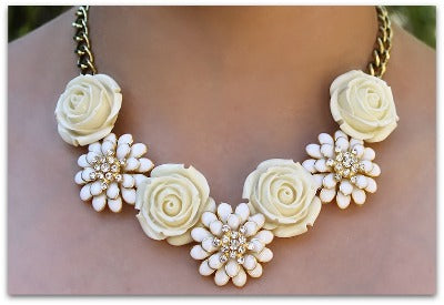 Petit Jardin Floral Necklace
