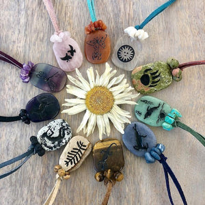 Colección Animal Spirit DIY Leather Necklaces by Halcraft Collection