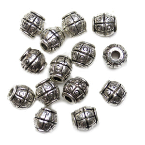 Cuentas de arroz con rayas chapadas en plata antigua de 7x8 mm de Halcraft Collection