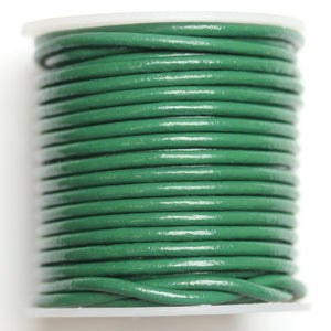 Cuero Real Cording 2mm Forest Green PolishedCording por Bead Gallery