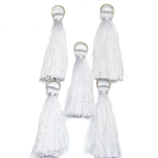 White Cotton Tassel 11x46mm  - 5pcsTassel by Halcraft Collection