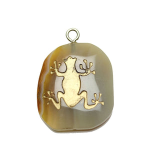 Gold Tree Frog on Agate Stone Cave Painting 27x39mm , Approx.Pendant by Bead Gallery