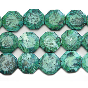 Cuentas de disco hexagonales de piedra de conglomerado natural teñidas de verde 22 mm - Beads by Bead Gallery