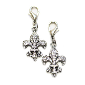 Fleur De Lis plateado con diamantes de imitación 17x25mm Charms - 2pcsCharm by Halcraft Collection