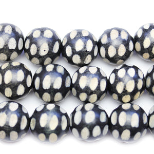 Philippine Polished Wood Black Base White Pattern 20mm Round BeadsBeads by Halcraft Collection