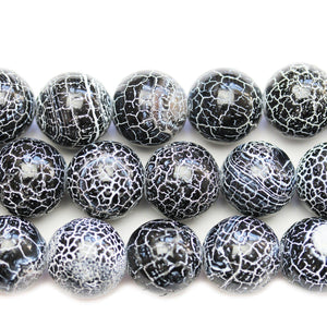 Black & White Dyed Crackle Agate Stone Round 15mm BeadsBeads by Halcraft Collection