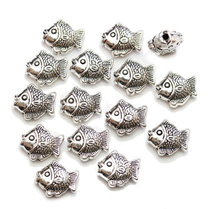 Cuentas de pez de metal chapado en plata antigua de 13x15 mm de Halcraft Collection