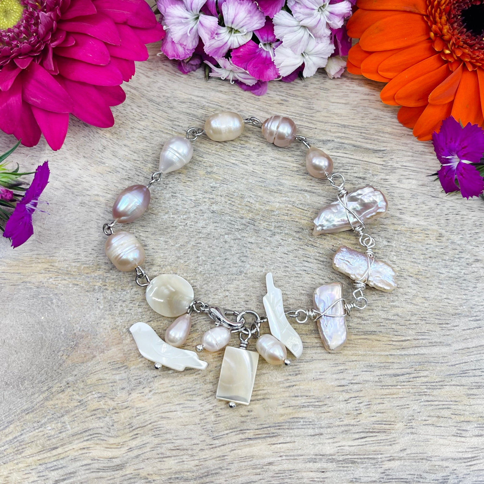 Mother of Pearl and Freshwater Pearl bracelet