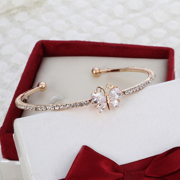 Minhin New Arrival Romantic Butterfly Design Cuff Bracelet High Quality Q50151
