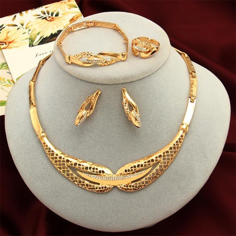 Minhin Women Delicate Gold Bridal Jewelry Sets Rhinestone Pendant Collar Q50170