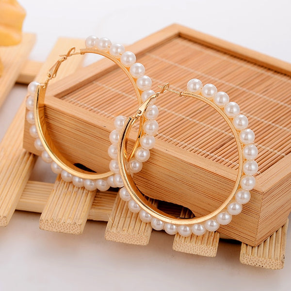 Minhin Beautiful White Pearl Decoration Hoop Earring For Girl Special Q50169