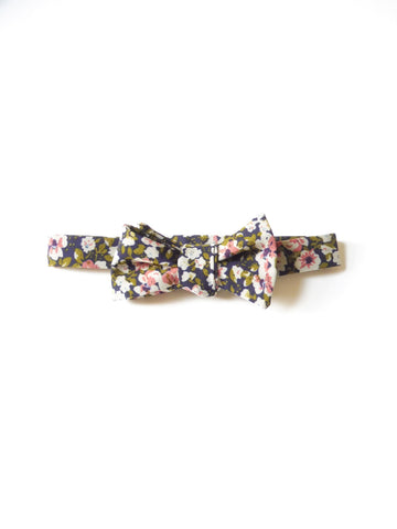 ync by nny self tie bow tie georgette floral navy craftsmanship dandy styles by nana n yoshida