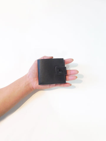 Smallest Minimalist Leather Cash Wallet for US Dollars (Black)