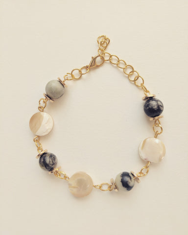 Bracelet Gold Plated Natural Seashell and Zebra Stone 8mm - B800015