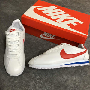 NIKE OLD SCHOOL BLANCO ROJO