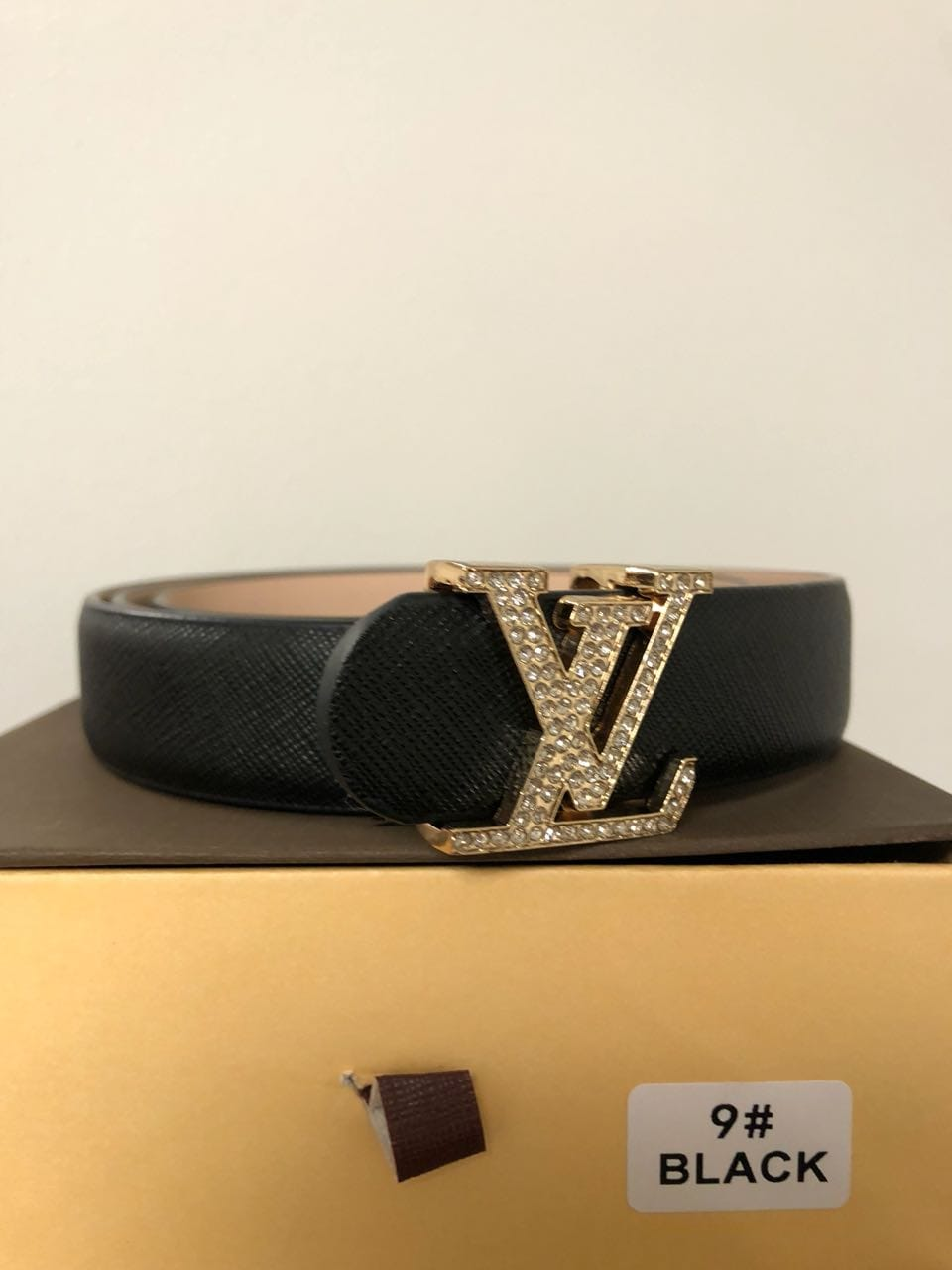 CORREA LOUIS VUITTON NEGRA CON BRILLANTES