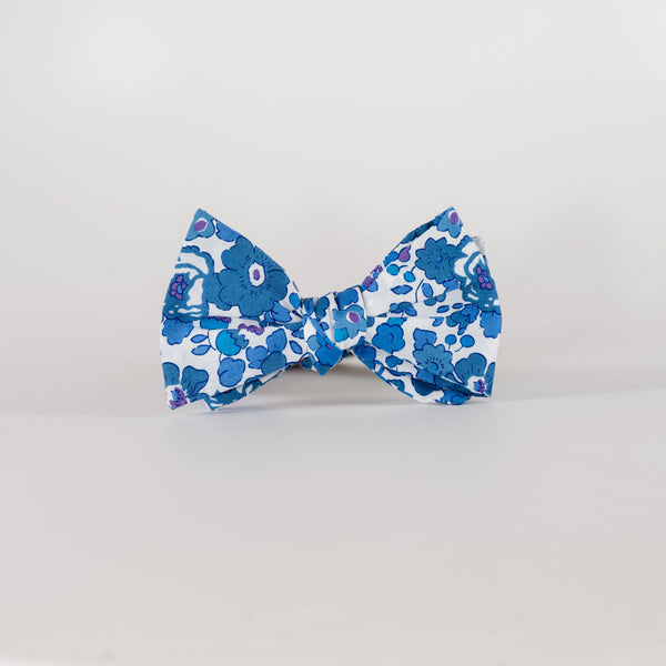 Liberty Prints 40 Blue - Bow Tie