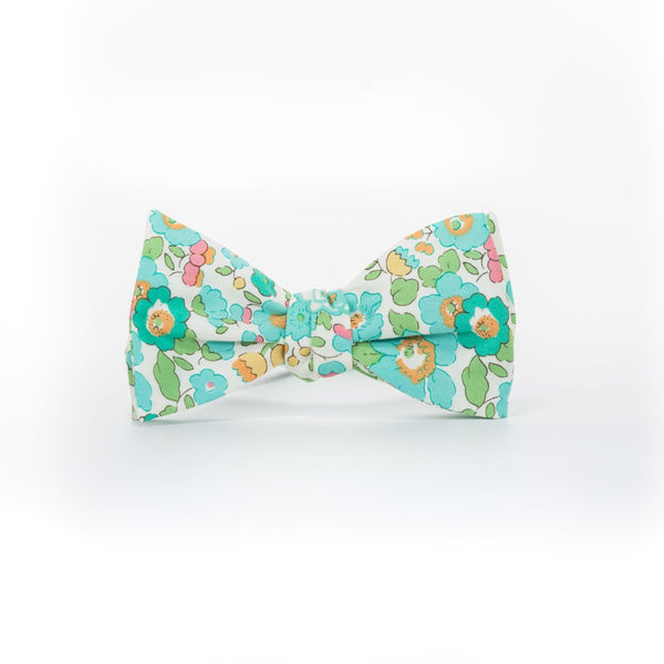 Liberty Prints 42 Green - Bow Tie