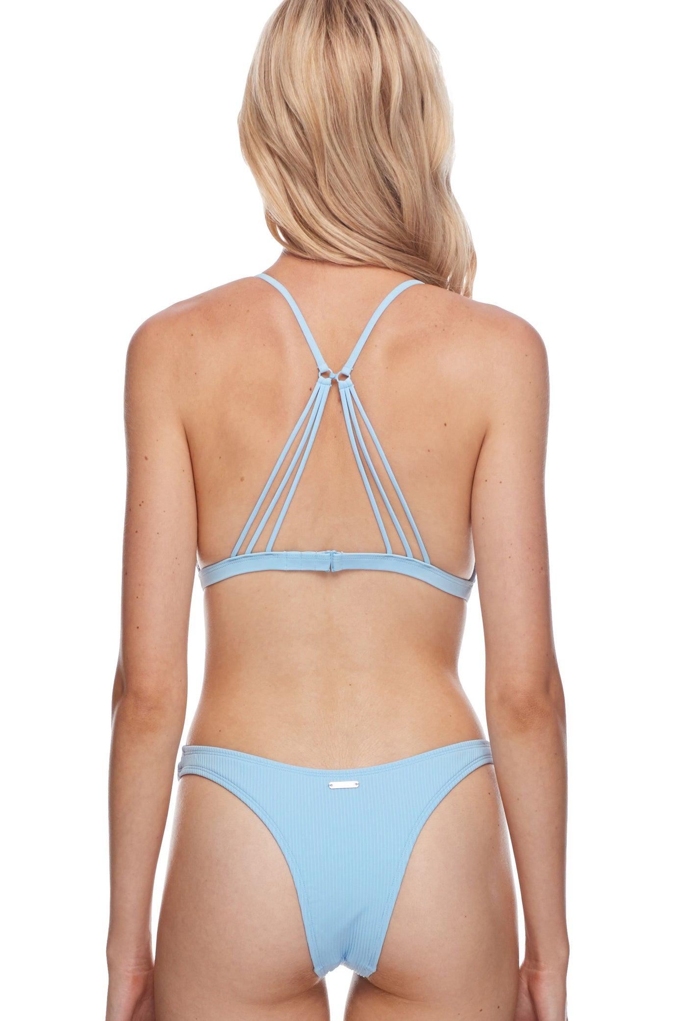 Fixed triangle Removable soft cups Front lace detail Multi-strap back detail Two-way hook back Three-adjustment hook-back Hand Wash Product Number: 39-469102