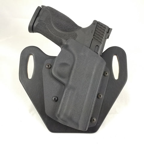 Sig Sauer - SP2022 with Rail and Square Trigger Guard - OWB