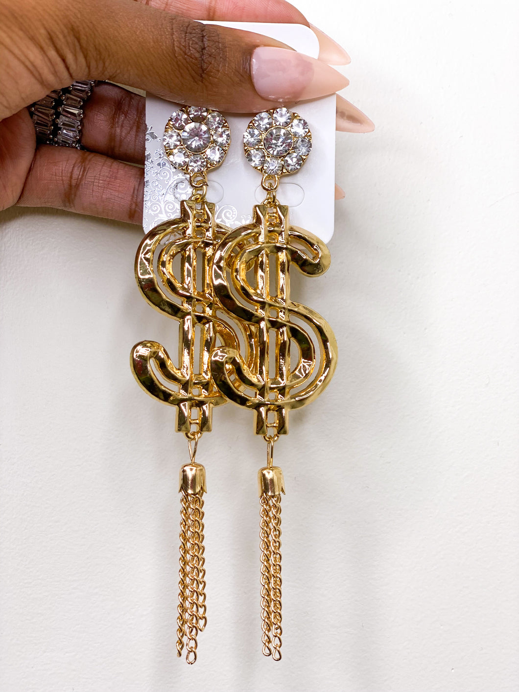 The Glam Her show me the money Earrings