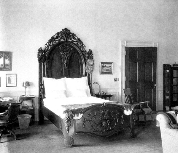 Black and white image of Calvin Coolidge's White House bedroom