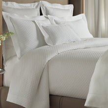 Load image into Gallery viewer, Tailored bed with diamond pattern quilted matelasse coverlet and shams