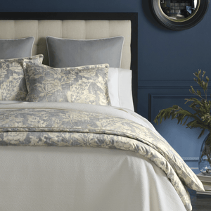 Remi Printed Sateen Duvet Cover close up