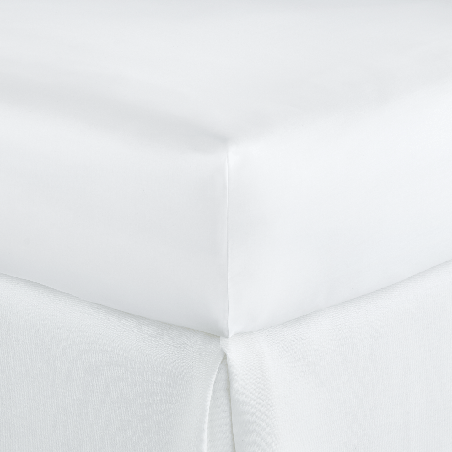 Soprano Sateen Fitted Sheet white