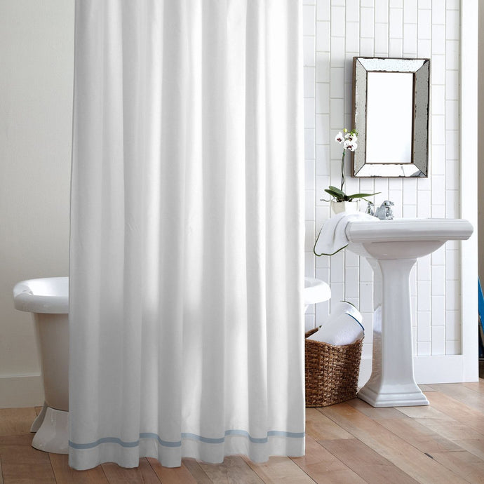 Hanging Pique Shower curtain Sky Trim in bathroom