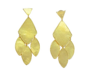 Elba Earring by Betty Carre